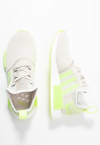 adidas Originals - NMD_R1  - Sneakers basse - talc/hi-res yellow - 3