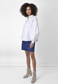 Ro&Zo - Button-down blouse - white - 1