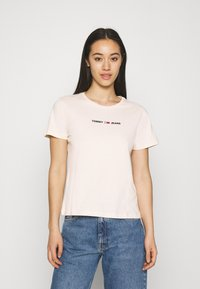 Tommy Jeans - Print T-shirt - sugarcane - 0