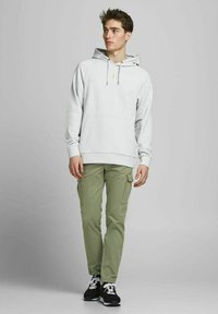 Jack & Jones - Cargo trousers - deep lichen green - 1