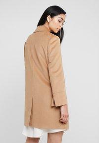 MAX&Co. - JET - Krátký kabát - camel - 2