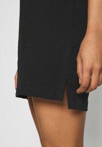 Calvin Klein Jeans - INSTITUTIONAL DRESS - Žerzejové šaty - black - 4