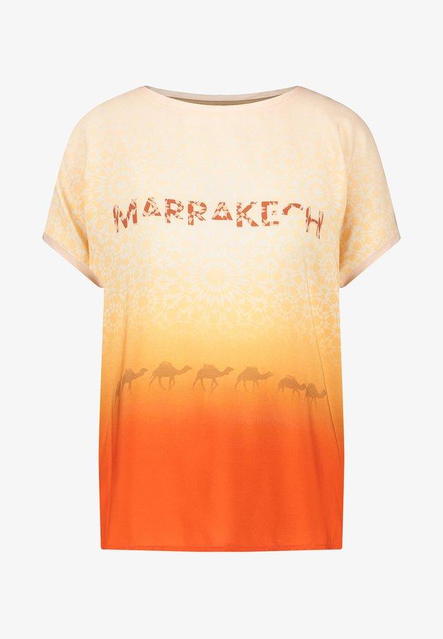 T-shirt imprimé - red/orange