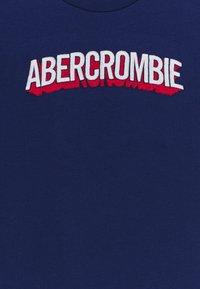 Abercrombie & Fitch - TECH LOGO - Print T-shirt - blue - 2