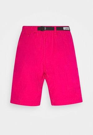 CLOVER LANE - Shorts - ruby pink
