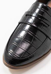 Head over Heels by Dune - GOMEZZ - Slip-ons - black - 2