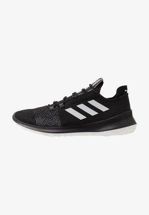 SENSEBOUNCE ACE  - Neutral running shoes - core black/footwear white/grey six