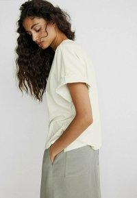 Massimo Dutti - SPORTLICHER - A-line skirt - khaki - 2