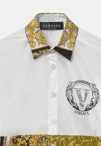 Versace - UNITED HERITAGE - Shirt - white/black/gold - 2