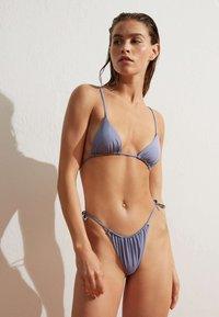 OYSHO - BRAZILIAN SLIDE - Bikini bottoms - light blue - 1