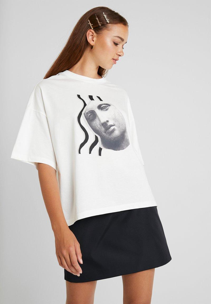 Monki - DAMALI  - Print T-shirt - white