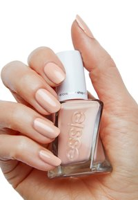 Essie - GEL COUTURE - Nail polish - 20 spool me over - 2