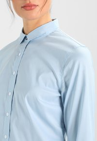 Tommy Hilfiger - AMY - Button-down blouse - shirt blue - 3
