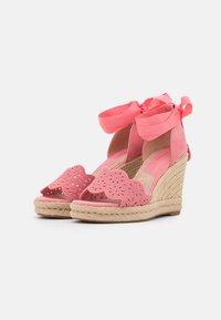Tamaris - Platform sandals - candy - 2