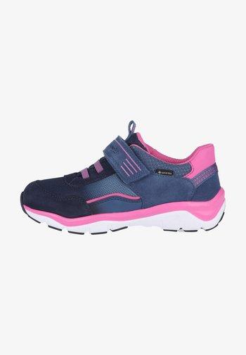 Trainers - blau/rosa