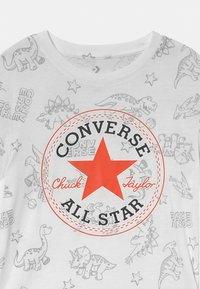 Converse - DINO TEE - T-shirt imprimé - white - 2