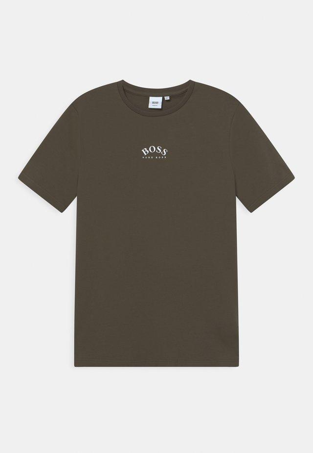 Jednoduché triko - khaki