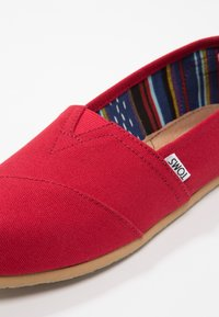 TOMS - Slip-ons - red - 5