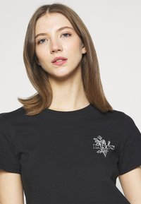 Levi's® - GRAPHIC SURF TEE - Print T-shirt - caviar - 3