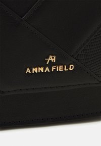 Anna Field - Skulderveske - black - 4