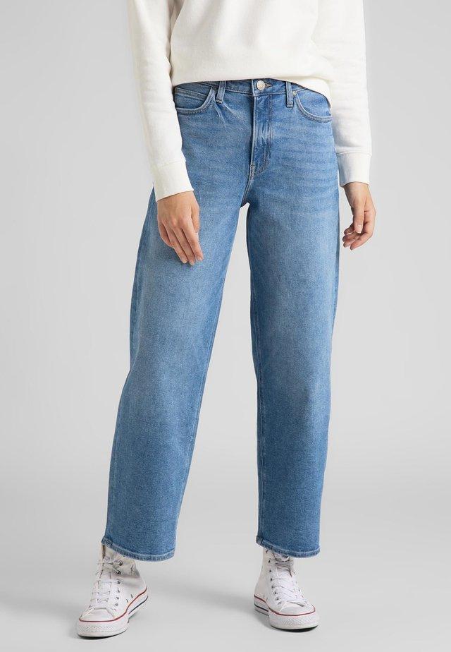 Straight leg jeans - pink tint