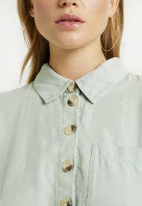 Miss Selfridge Petite - DRESS - Vapaa-ajan mekko - green - 4