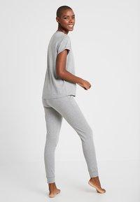 Tommy Hilfiger - ORIGINAL CUFFED PANT - Pyjama bottoms - grey heather - 2