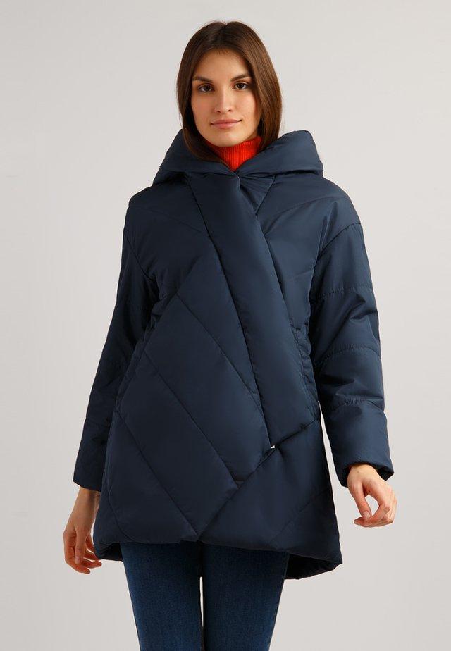 MIT ASYMMETRISCHEM VERSCHLUSS - Winter coat - cosmic blue