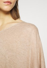 Vero Moda - Basic T-shirt - birch melange - 5