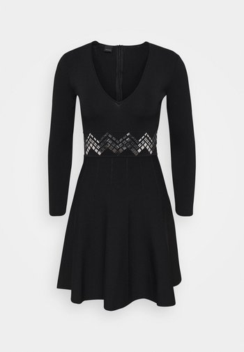 FRANA DRESS - Pletené šaty - nero limousine