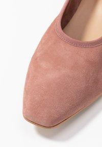 PERLATO - Classic heels - blush - 2