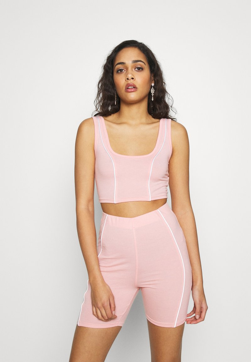 Missguided - CODE CREATE REFLECTIVE DETAIL CROP TOP SHORT - Top - pink