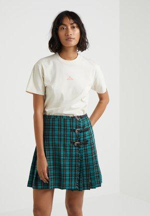 SUZANA - Basic T-shirt - ecru