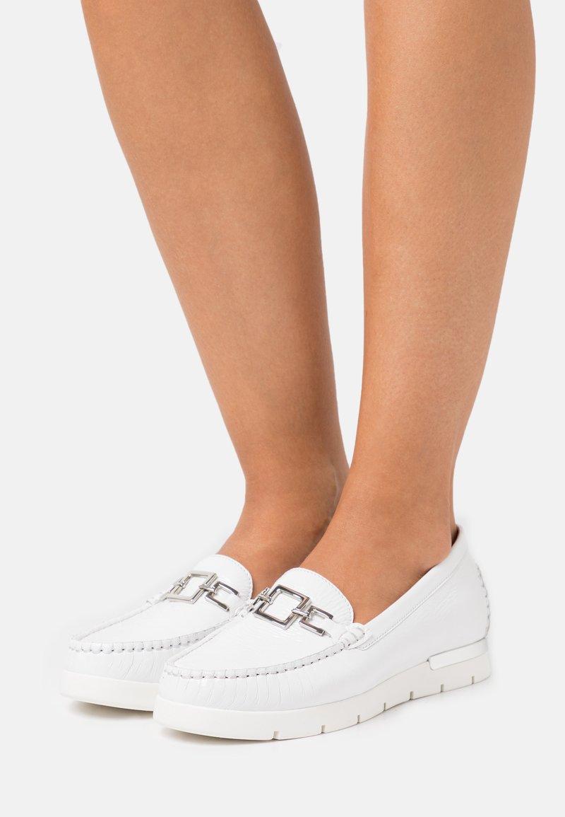 Caprice - SLIP ON - Slip-ons - white
