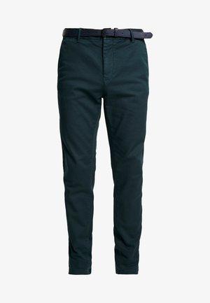 STUART - Chino kalhoty - amalfi green