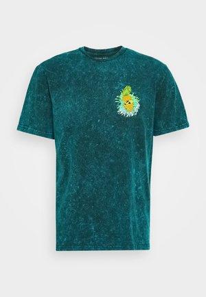 MANHATTAN WASH TEE - T-shirts print - turquoise