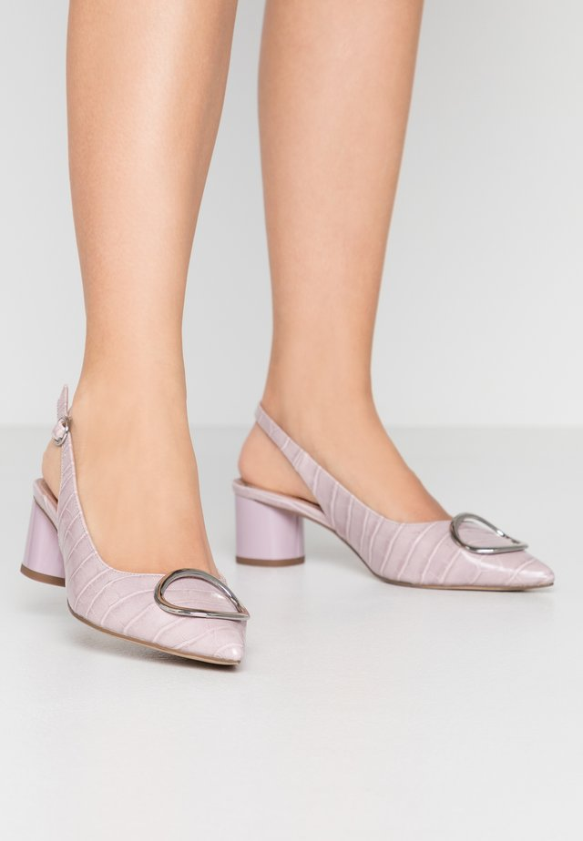 EMMA CROC SLING POINT - Escarpins - lilac