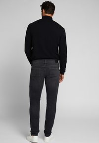 Esprit - Slim fit jeans - grey medium washed - 2