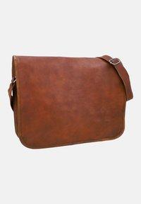 Gusti Leder - Across body bag - brown - 4