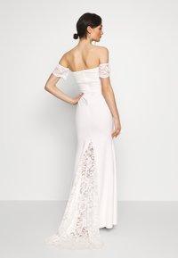 Missguided - BRIDAL LACE  PLUNGE FISHTAIL MAXI DRESS - Suknia balowa - ivory - 2