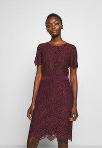 HUGO - KLEAS - Pouzdrové šaty - medium red - 0