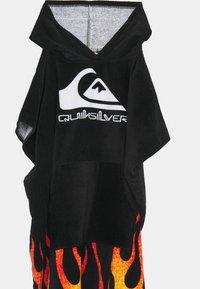 Quiksilver - HOODY TOWEL YOUTH UNISEX - Bath towel - black - 3