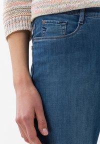 BRAX - STYLE CARO  - Slim fit jeans - blue - 3