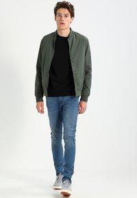 TOM TAILOR DENIM - CULVER - Slim fit jeans - light stone wash denim - 1