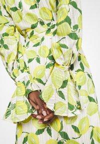 Fabienne Chapot - OUTSHINE THE BRIDE DRESS - Maxi šaty - lime lights - 5