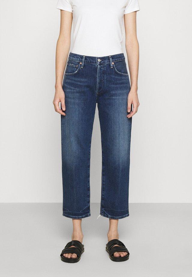EMERY - Jeans a sigaretta - laid back