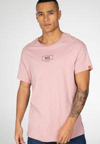 NXG by Protest - Print T-shirt - mauve - 4