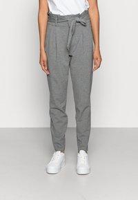 Vero Moda - VMEVA LOOSE PAPERBAG PANT - Kalhoty - medium grey - 0