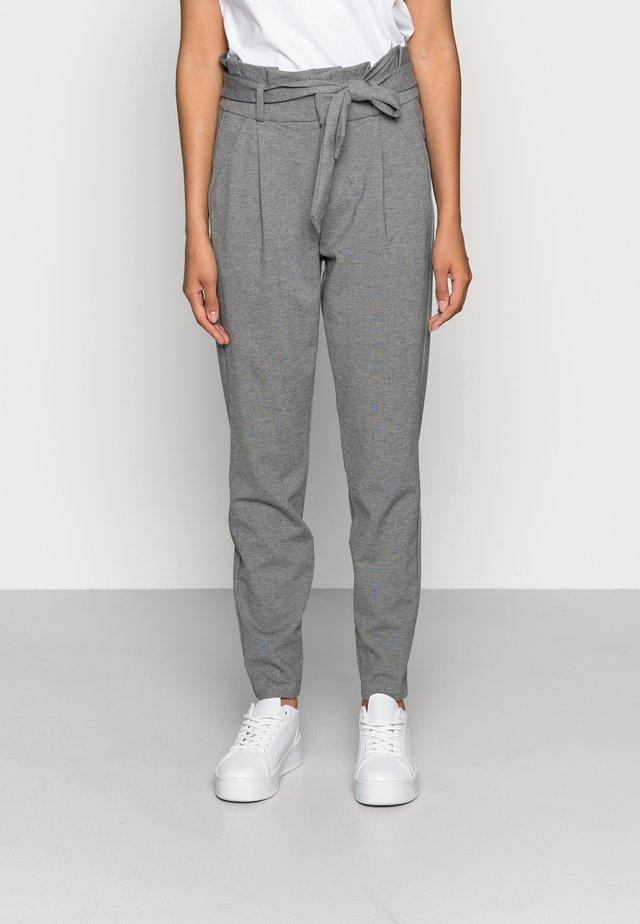 VMEVA LOOSE PAPERBAG PANT - Stoffhose - medium grey
