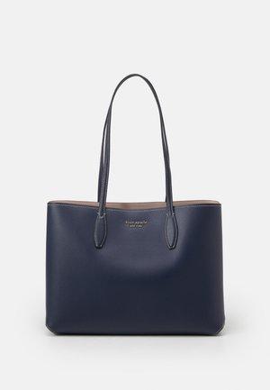 LARGE TOTE SET - Shopping bag - blazer blue